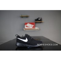 053d2b99541 Nike Roshe Run One 511882-011 All Black White Hooks Olympic London Super  Soft Foam