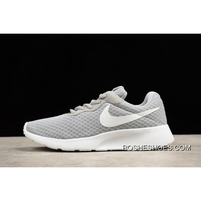 ROSHERUN TANJUN Mesh Light Breathable Olympic Running Shoes 812654-010 Men  Shoes Outlet ... ba662150e63
